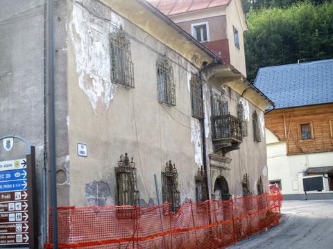Das Wohnhaus von Kajetan Schnablegger in Untertarvis - das ehemalige Palais Struggl