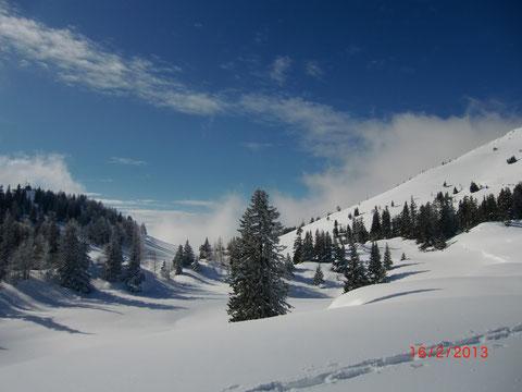 Dobratsch, Villacher Alpe, Winterwanderung, Schneeschuh, Skitour, Wanderweg, Alpenstraße, Winter