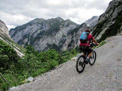 Wolayersee, Straße, Mountainbiker