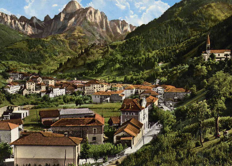 Alte Ansichtskarte des malerischen Ortes Paularo