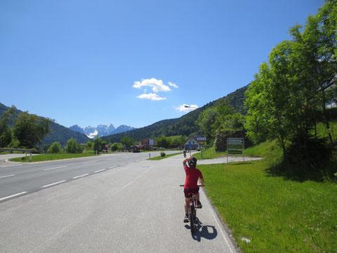 Kurz vor der Grenze in Thörl Maglern mit der wunderbaren Aussicht auf den Wischberg