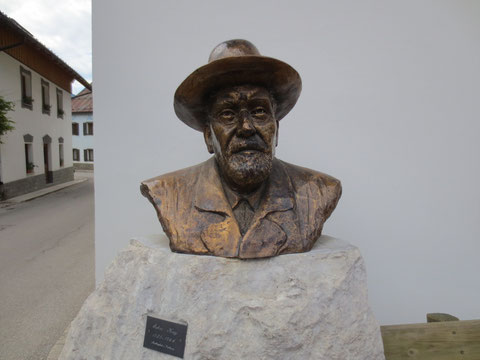 In Wolfsbach wird sein berühmter Gast Julius Kugy in Ehren gehalten