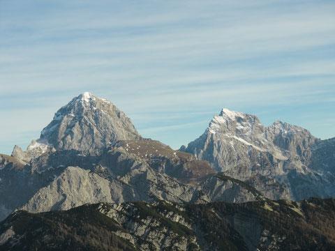 Traumhafter Blick zu Mangart und Jalovec, zwei Riesen der Julischen Alpen