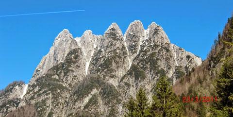 ulische Alpen, Mangart, Triglav, Montasch, Luschari, Dobratsch,  Raibler Fünfspitz