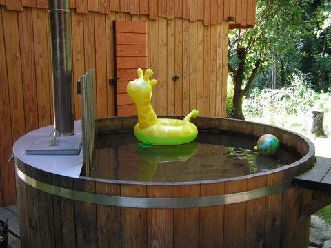 un bain familial pour jouer