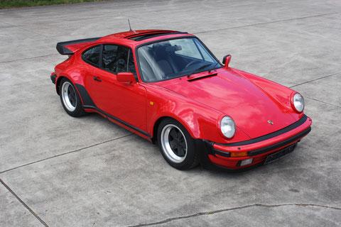 Porsche 911 Carrera 3,2   1988