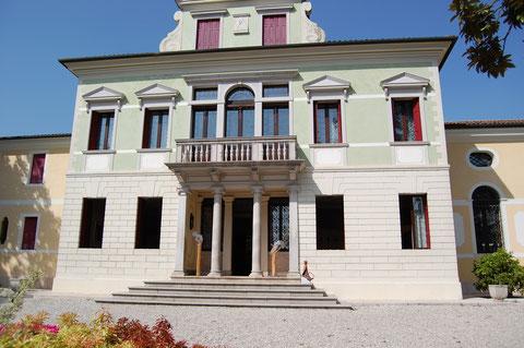 Villa Valeri - Front