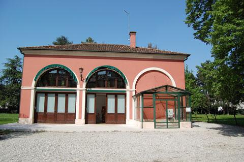 Pavillon - Ausstellungs-& Arbeitspavillon im Garten der Villa Valeri