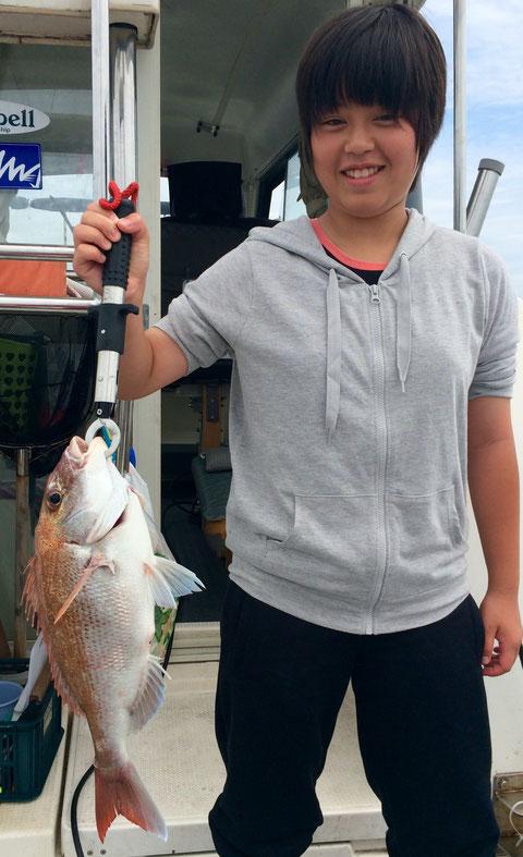 お姉さま 起きてすぐナイスfish!!もってますね!!(^_-)-☆