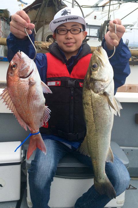 今日は釣りボーイ!!初タイラバでゲット!!(^^♪