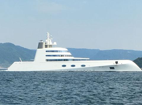 おっと~~~!ロシア大富豪艇!通過!みたいですね。。。