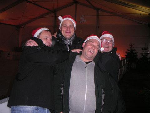 Das Team Frozen Sticks beim Wettkampf um den Vegesacker Eisstock-Cup