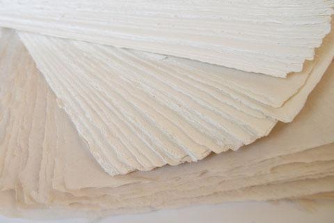 Handgeschöpftes Papier zum Bedrucken