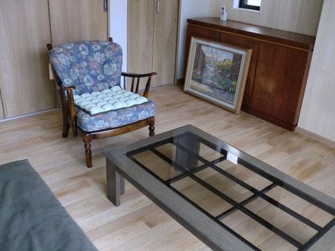 高級感溢れる素材はお部屋全体の印象をグレードアップします。