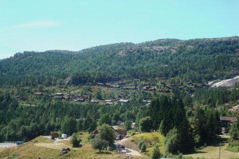 Blick auf das Hüttengebiet am Eikerapen