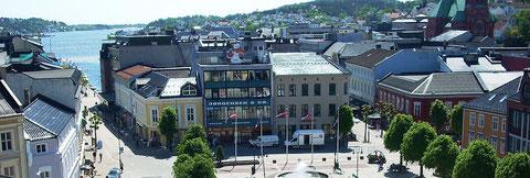 Blick auf den Marktplatz von Arendal