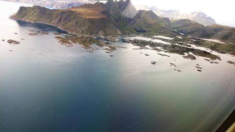 Anflug auf die Lofoten...Leknes Flughafen