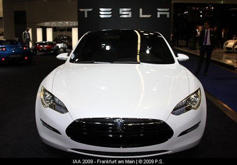 Tesla Model S Elektro Limousine