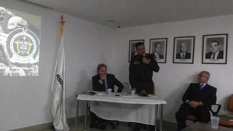 Reunión nacional de transportadores con el Gaula general murillo