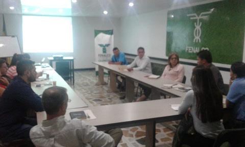 mesa en fenalco Quindio previa a la mesa regional de transporte en Medellin