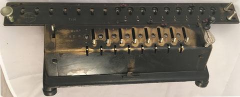 TIM (Time Is Money) modelo III (8x16x9), s/n 8727, capacidad 8x9x16, hecho por Ludwig Spitz & Co, GmbH (Alemania), año 1907, 56x21x21 cm