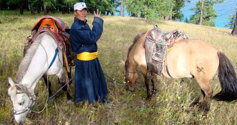 Le guide à cheval au Khovsgol