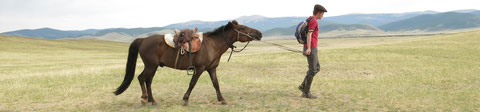 A pied à cheval en Mongolie