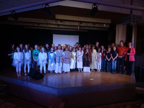 Der Förderverein des Gymnasiums Stolzenau förderte auch dieses Jahr das Musical der Chorklassen