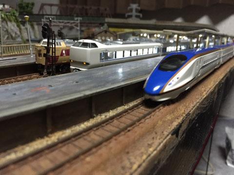 加賀温泉駅かがやき鉄道模型