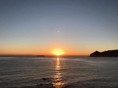 2017年1月1日【初日の出】相模湾(初島)から昇る日の出