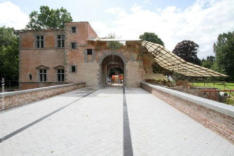 Arrière du Château en reconstruction