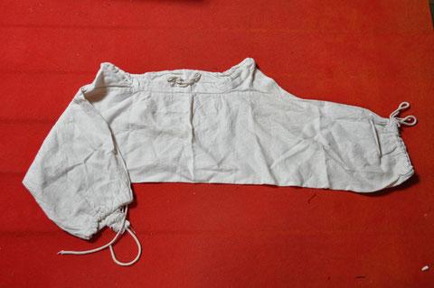 Braies longues en lin : à partir de 39 € jusqu'à 48 € suivant la taille et la longueur