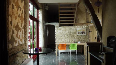 Im alten Bauernhaus die geräumige Küche