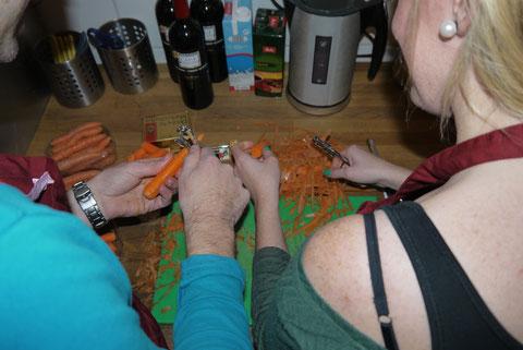 Aktiv in der Küche werkeln