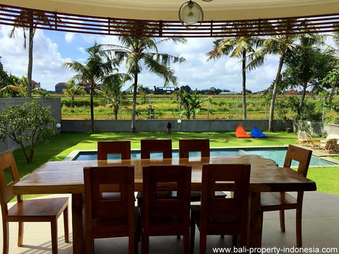 Spacious 3 bedroom villa located in Tabanan with unspoiled rice field view all around.