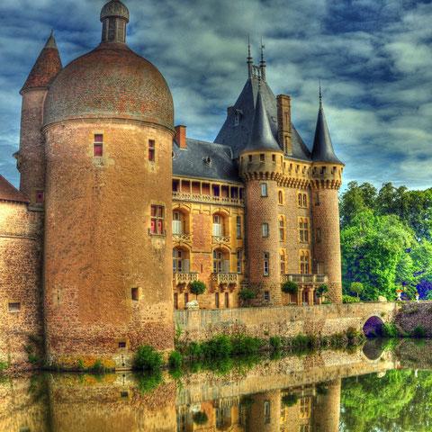 Chateau de la Clayette en Bourgogne.