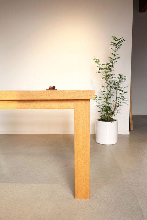 無垢材・ダイニングテーブル・脚