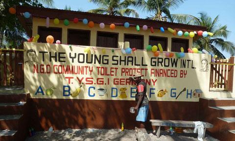 Projekt Toilettenbau in Atiteti