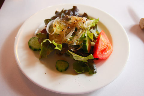 自家栽培のグリーンサラダ  自家栽培のパリパリ野菜はいつも新鮮