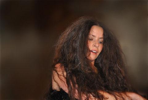 """""""Löwenkunstnacht""""  - Oy-Mittelberg 2011. Tanz: Astrid Tiedemann. Foto Fred Spahr"""