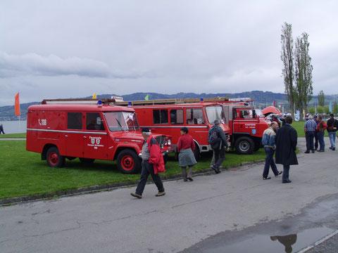 Feuerwehrfahrzeuge - der Regen hat aufgehört