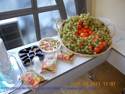 Une vue du buffet organisé par Annie et Elisabeth - DR