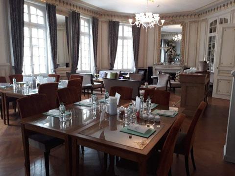 Hôtel Marotte 5 étoiles, hôtel de charme, hôtel de luxe, boutique hôtel Amiens, cosy et chic, proche de la gare et de la cathédrale, salle de réception, événements, salle de séminaire d'entreprises, salle de travail de confort et de calme