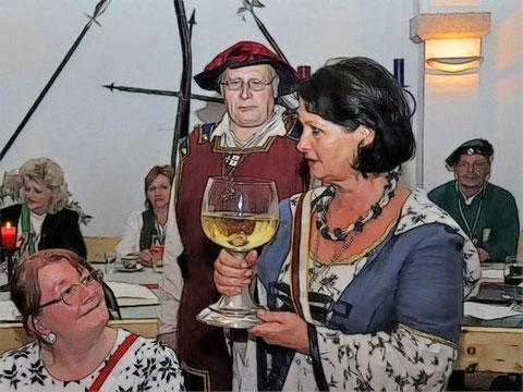 Burgfrau Eltzbeth, Edle von Alharting spricht zur Humpenkreisung