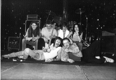 ca. 1986 jetzt mit Rolf Bussalb (g), Klaus Bussalb (b) ... und am Saxophon ab und zu Doris Assenheimer