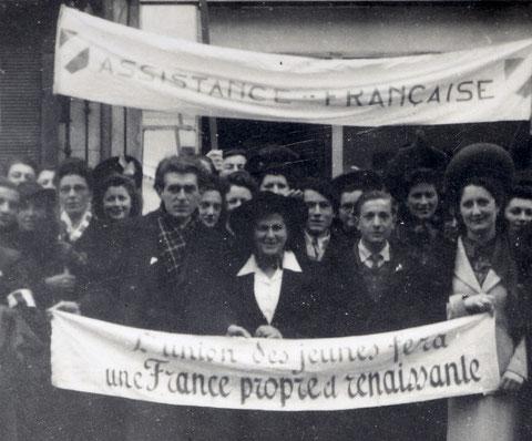 1944. L'Assistance française préfigure l'Union des femmes françaises (UFF), aujourd'hui Femmes solidaires.