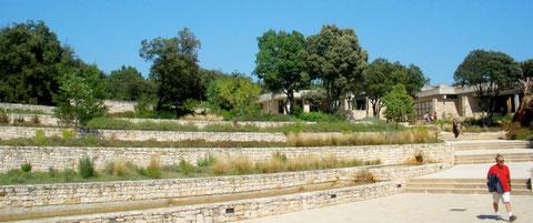 """Les jardins en terrasses du site """"l'écrin"""" du spectacle"""