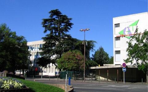 Cité scolaire Camille Vernet, Valence, Drôme (Photo : Francis Michel, ancien proviseur).