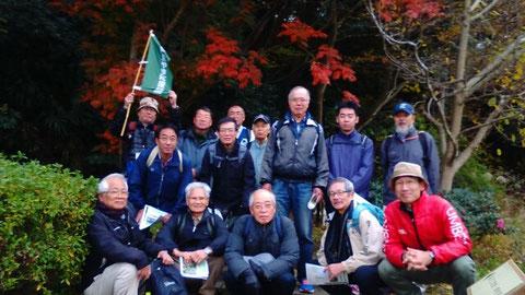 見学会の参加者の記念撮影