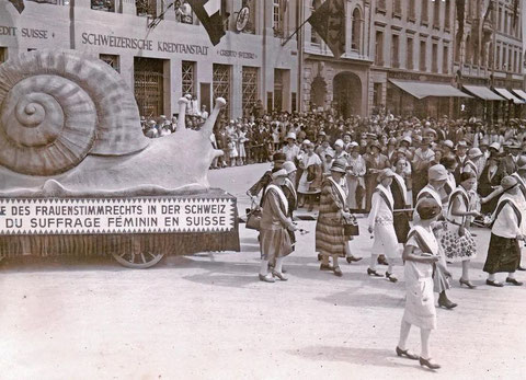 Photo Archives Gosteli